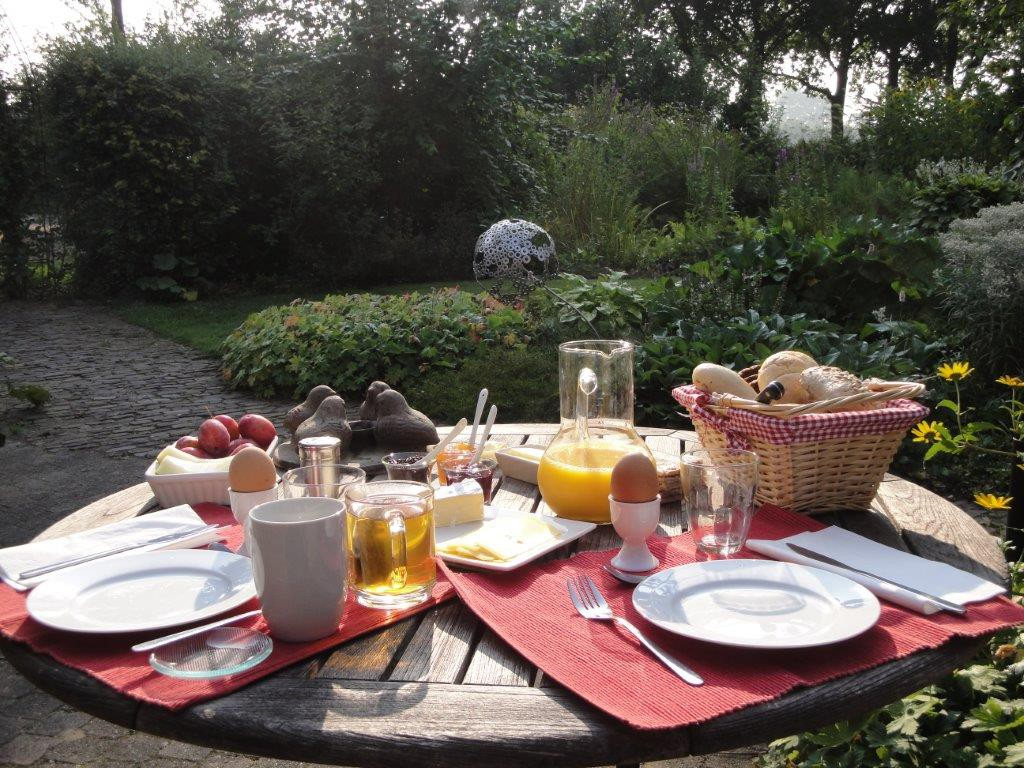ontbijt-bed-and-breakfast